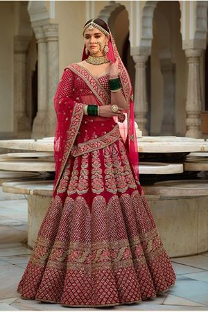 Picture for category Designer Lehengas